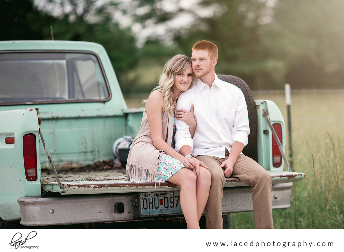 Top Springfield Wedding Photographer, Bolivar, Branson Elopement Photographer, Branson Wedding Venue, Branson Engagement