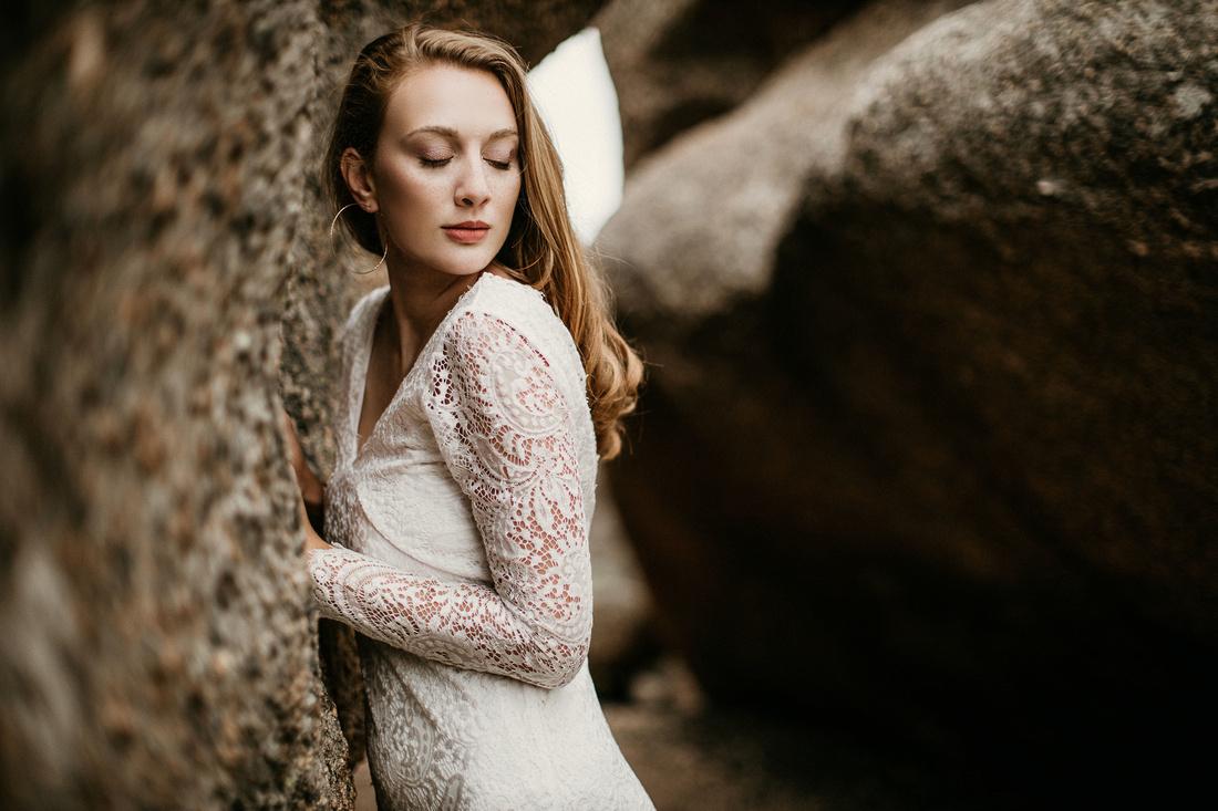 LJ - Destination Elopement Bride - Colorado - Wyoming - Joshua Tree - Yosemite-49