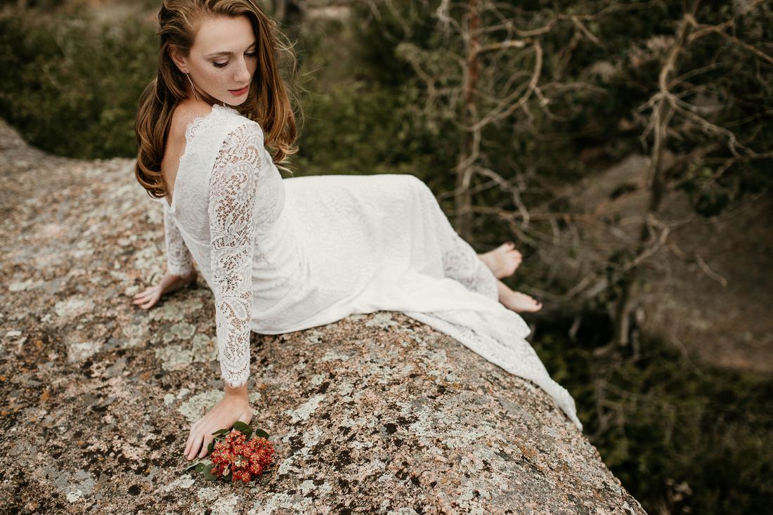 LJ - Destination Elopement Bride - Colorado - Wyoming - Joshua Tree - Yosemite-16