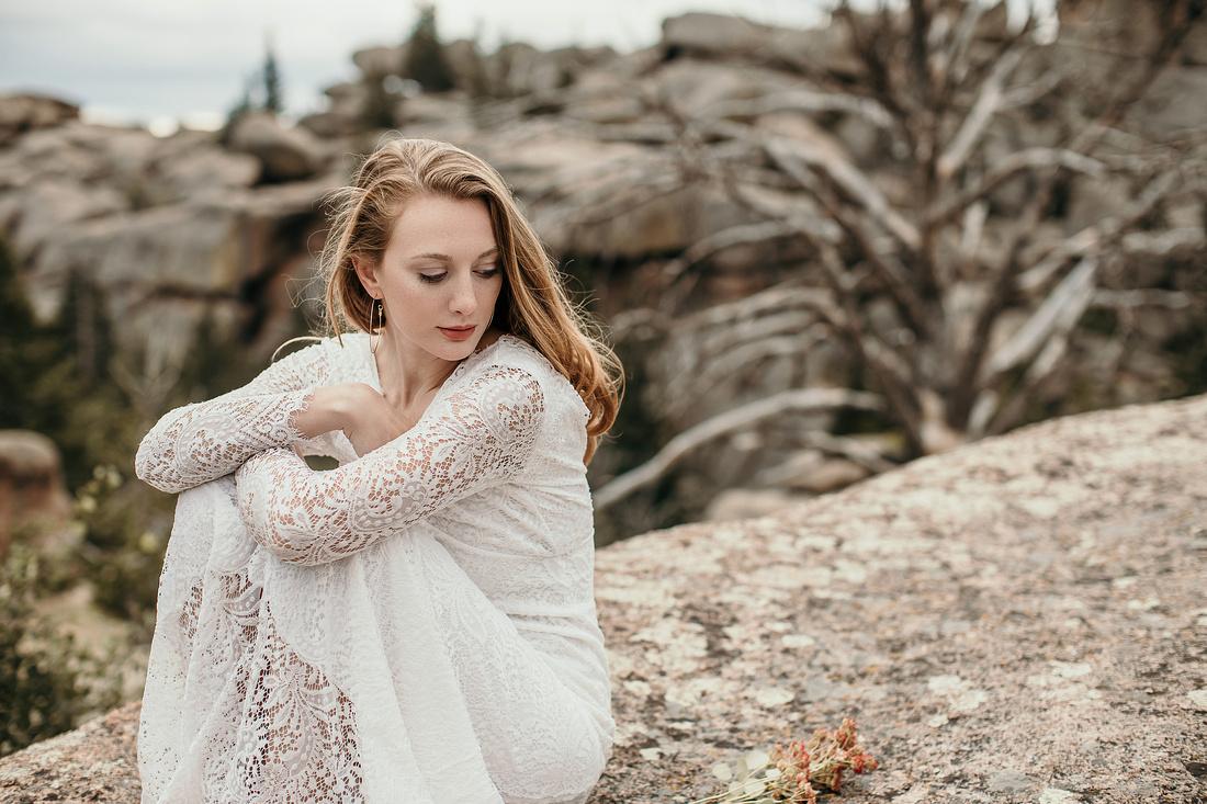 LJ - Destination Elopement Bride - Colorado - Wyoming - Joshua Tree - Yosemite-20