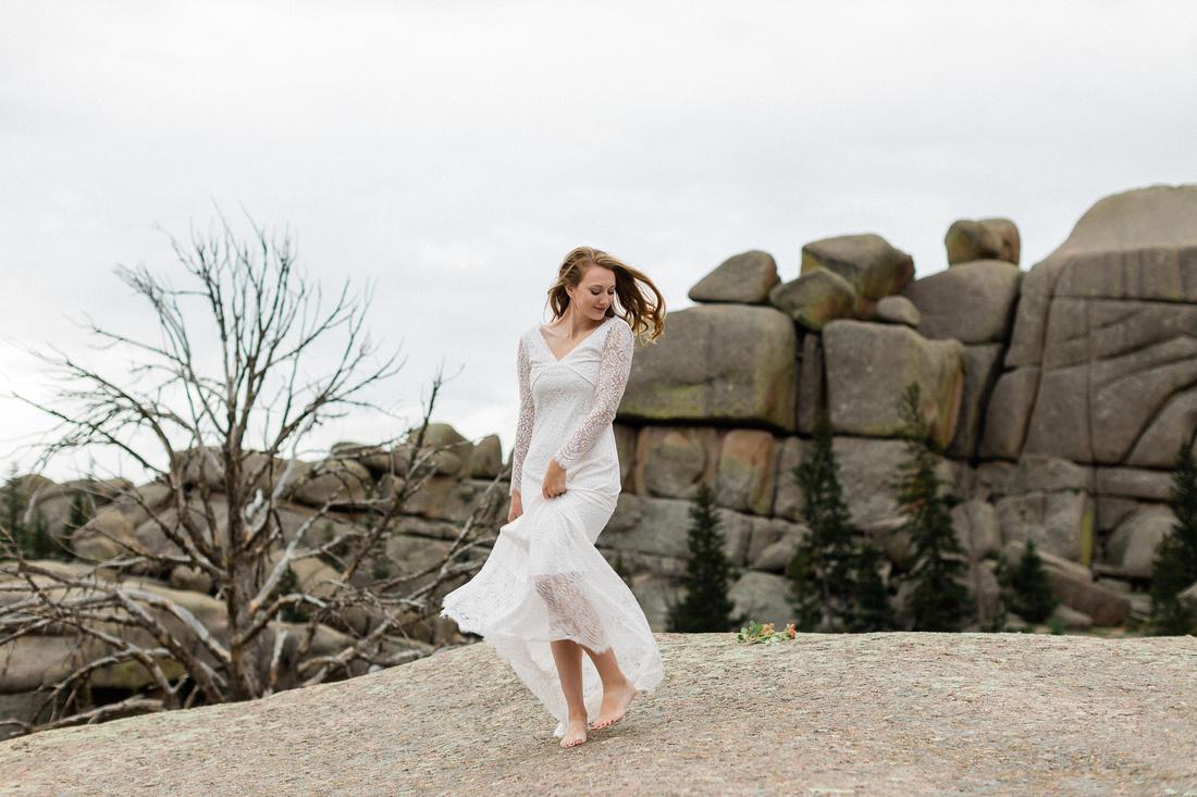 LJ - Destination Elopement Bride - Colorado - Wyoming - Joshua Tree - Yosemite-25