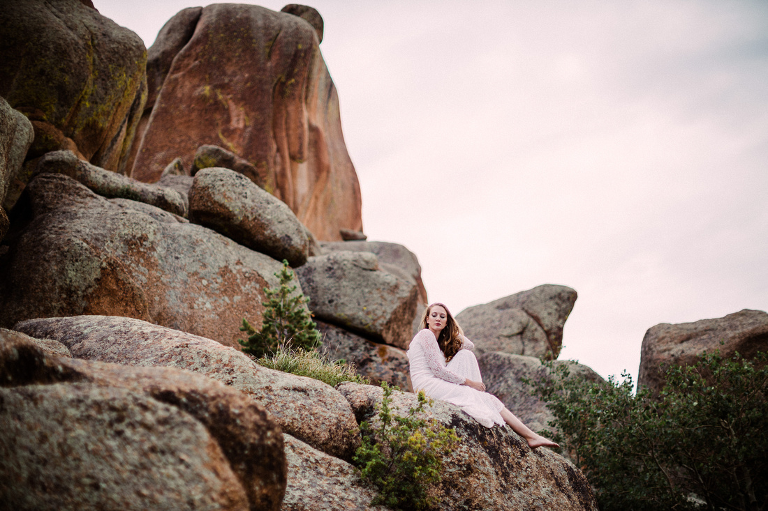 LJ - Destination Elopement Bride - Colorado - Wyoming - Joshua Tree - Yosemite-28