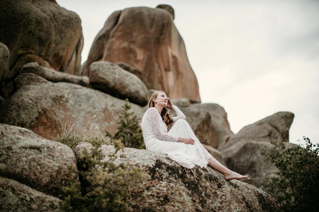 LJ - Destination Elopement Bride - Colorado - Wyoming - Joshua Tree - Yosemite-32