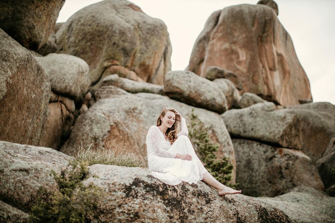 LJ - Destination Elopement Bride - Colorado - Wyoming - Joshua Tree - Yosemite-31